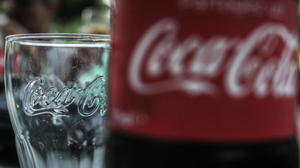 A Bite of Apple & a Sip of Coke: Lessons From the World's Top Brands