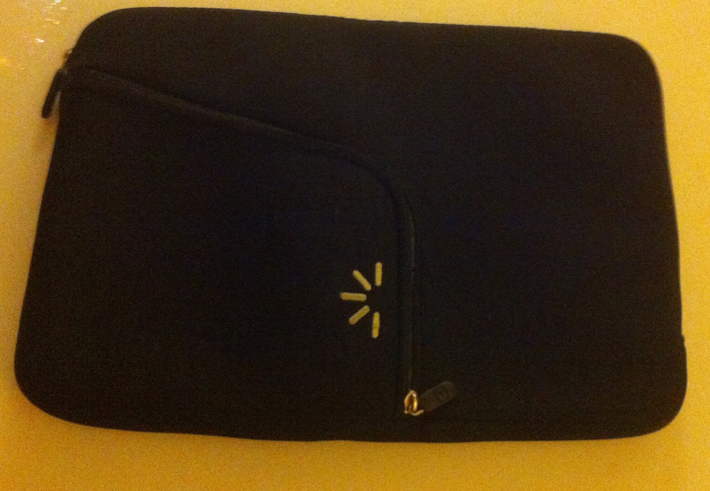 neoprene laptop sleeve